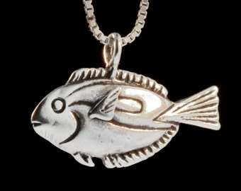 Blue Tang Dory Fish Necklace Disney Inspired Dory From Nemo Jewelry Disney Movie Characters Dory Necklace Dory Jewelry Fish Jewelry
