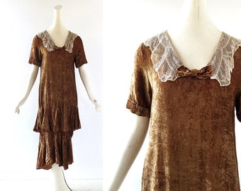 1920s Velvet Dress / Vintage 20s Dress / Lace Collar Dress / XS