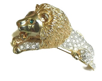 Large Clear Rhinestones Lion Shoulder Brooch Vintage Statement with Green Rhinestone Eyes