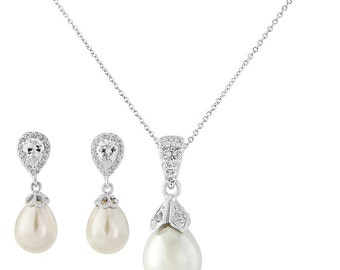 Pearl bridal jewellery set wedding pendant necklace earrings vintage style bridal necklace