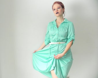 Pastel Mint Green 1970s Poly Vintage Shirt Dress