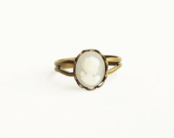 White Cameo Ring Small Frosted White Ring Victorian Cameo Jewelry White Stacking Ring Antique Brass Adjustable Ring Gifts For Women