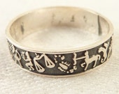 Size 7 Vintage Sterling Band of 12 Zodiac Signs Ring