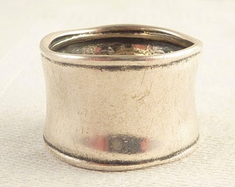Vintage Size 9 Simple Wide Sterling Band Ring
