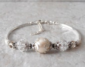 Bridal Jewelry Crystal and Pearl Bracelet Cream Pearl Clear Crystal Wedding Jewelry Swarovski Elements with Silver Filigree Bridesmaid Gift