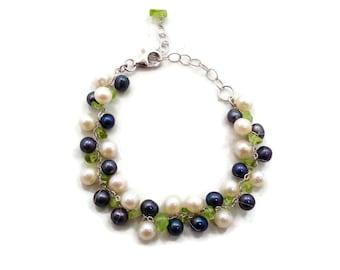 Black White Pearl, Sterling Silver, Green Peridot, Gemstone, Cha-Cha Bracelet, Linked Link Bracelet, Petite, Romantic, Boho Bohemian
