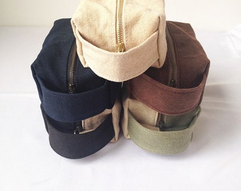 Toiletry Bag Waxed. Waxed Canvas Dopp Kit. Womens Toiletry Bag Waterproof. Canvas Bag Waxed. Travel Bag Women. Gift for Women. Makeup Bag