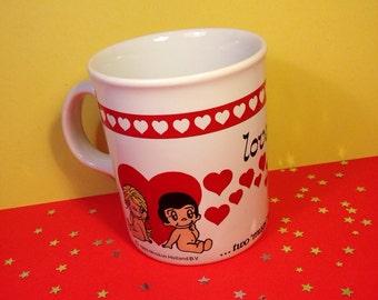 Vintage Love Is Mug - Minikim Holland BV - 1980s - Love Is Two Mugs Together