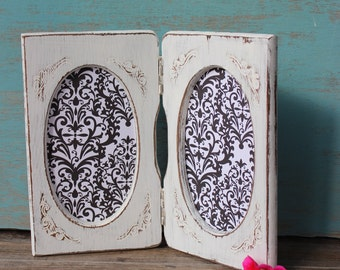 Shabbied Vintage Oval Wood Picture Frame  , Shabby Chic , Cottage Chic & Paris Apartment Home Decor