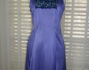 Treasury Vintage 1970s Purple Summer Nightgown with Navy Crochet Trim Size M Stunning Color