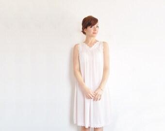 powder pink scalloped lace slip . rose bud trim . lingerie dress .medium .sale s a l e
