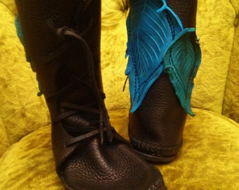 IN STOCK! Womens size 6 / Shin High Moccasin Black w/ Turquoise Leaf Applique / Hand Stitched Thick Bullhide Leather w/ Vibram Renaissance