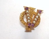 Tests 10K  Yellow Gold  Vintage Music Jewelry Brooch Pearls Amethyst Signed CLY