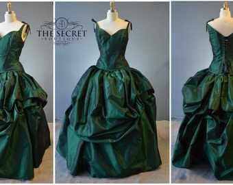 green wedding gown-fantasy wedding dress-bustle gown-coutre-denver-alternative wedding gown-the secret boutique-gothic-steampunk-fairy-dres