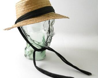Vintage Ladies Straw Hat • Natural Straw Hat with Ties • 1950s 60s Straw Gardening Hat