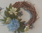 Miniature Wreath with Blue and Green Flowers // Floral Wreath // Country Decor