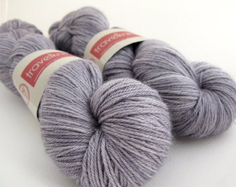 Silky Merino 4 ply hand-dyed yarn - London Skies