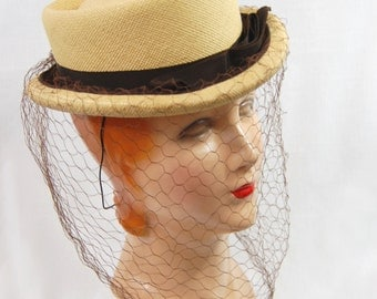 Rare Knox 40s Straw Ladies  Hat  - 40s Tilt Hat with veil - Knox Panaire