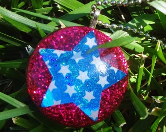 Red White And Blue Resin Glitter Necklace, Fourth Of July Stars Glitter Necklace, Red Glitter Blue Star Necklace, American Spirit Jewelry