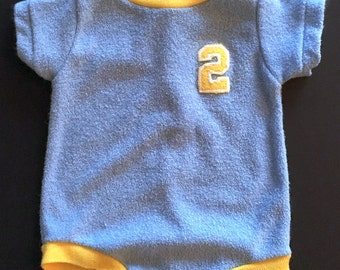Vtg Baby Boy Romper - Blue and Yellow - NB to 14 Pounds