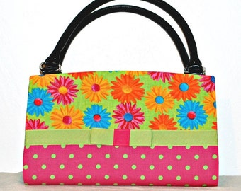 Bright Daisies and Polka Dots Magnetic Bag Shell Cover