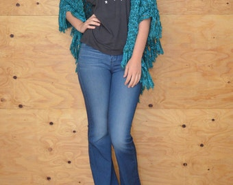 Vintage 70's Knit Poncho Shawl Woven In Teal Fringe At Hem Open In Front One Size