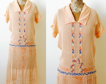 Vintage 1920s Apricot Color Day dress/Peasant Dress/Art Deco embroidery