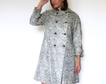 60s Gray Vinyl Snakeskin Double Breasted A-Line Rain Coat s m l