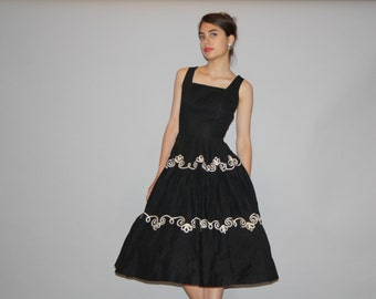 Black Vintage 1940s Dress - 1940s Black and White Cotton Dress - Vintage 40s Dresses -