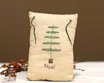Noel Vintage Pillow - Small