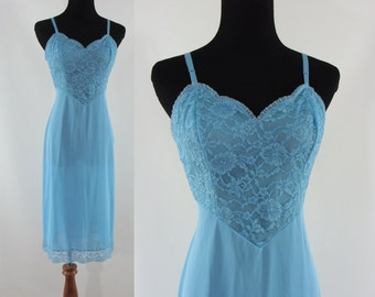 Vintage Sixties Slip - 1960s Blue Vanity Fair Slip - 60s Lace and Nylon Full Slip - Vintage Lingerie - Small Nightgown