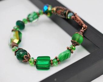 Green Beaded Bracelet, Antique Copper Bracelet, Green and Copper Bracelet, Green Bracelet, Kelly Green Bracelet, Gift For Her, Free Shipping
