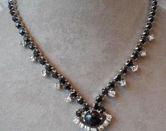 Black Glass Cabochon and Rhinestone Choker Necklace    NY22