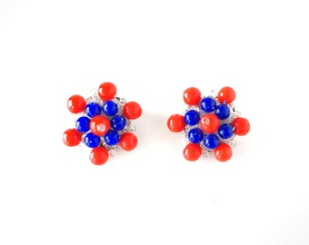 Adorable red and blue 50's earrings / rockabilly bead earrings /summer earrings / retro earrings / vintage 50s earrings 60s earrings