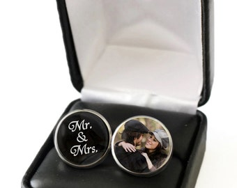 Mr and Mrs Wedding Gift for Groom, Custom Photo Cufflinks, Groom Cufflink, Groom Cuff Link, Gift for Groom from Bride, Personalized Cufflink