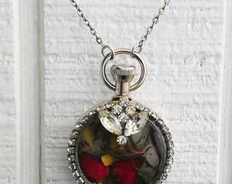 Pocket Watch Dried Red Rose Flower Green Leaves Hanging Charms Silver Tone Jewelry Necklace