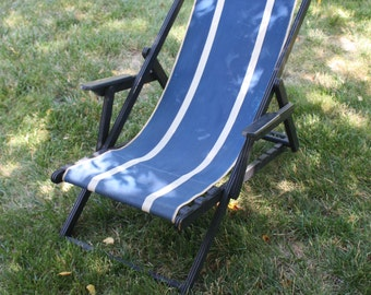 Vintage Chaise Lounge Chair Folding Wood Canvas Sling Reclining Chair Black Blue Mid Century Modern Patio Furniture Travel Trailer Glamping