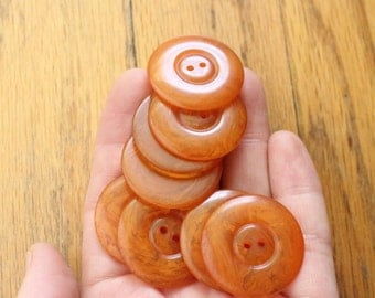 Vintage 30's 8 Marbled Butterscotch Bakelite Round Buttons