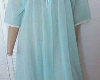Vintage Double Chiffon Short Lacy Aqua Robe Lov'Lee Montreal, L