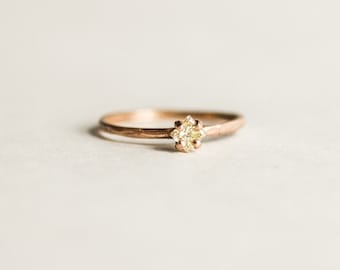 STELLO with Conflict free YELLOW DIAMOND in rose gold - ready to ship