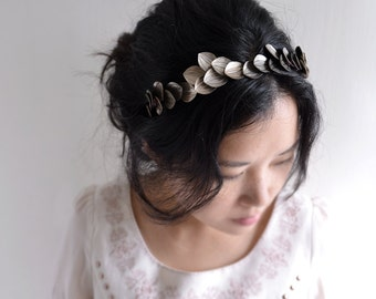 Athena Leaf - vintage style bridal headband, garden wedding