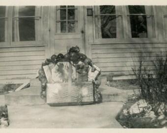"Vintage Photo ""Front Porch Surprise"" Snapshot Antique Photo Old Black & White Photograph Found Paper Ephemera Vernacular - 139"