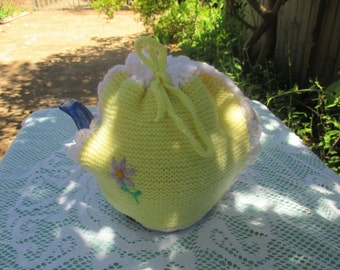 Vintage Tea Cosy/Cover - Lemon Knitted - Vintage Style for your teapot.