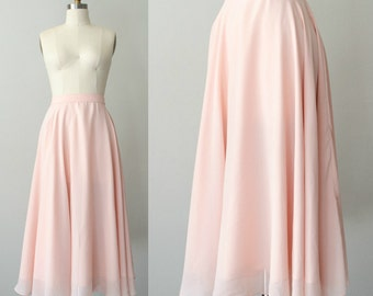 vintage chiffon skirt / pale pink midi skirt / 27 waist / size medium
