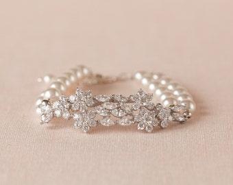 Bridal Pearl Bracelet, Gold Wedding Bracelet, Swarovski Bridal Jewelry, Pearl Bridal Jewelry,  Piper Bridal Bracelet