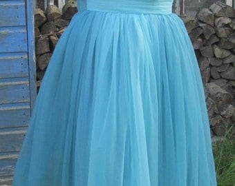 Stunning Original 1950s Vintage Blue Ombre Tulle and Net Prom Dress