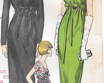 Bust 34-1960's Misses' Dress Vogue 6119 Size 14