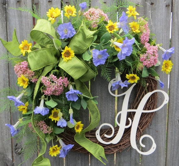 Spring / Summer Wreath, Wreath for Spring / Summer, Pastel Feilds Wreath, Spring Monogram Wreath, Personalized Wreath, Baby Shower, Horn's