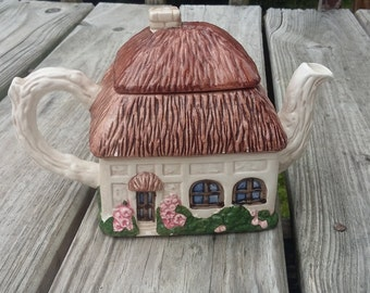 Ceramic Cottage Tea Pot Container