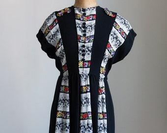1940s Black floral rayon day dress
